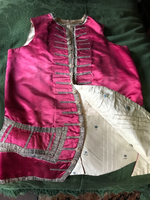 Eighteenth Century Silks at the Warner House